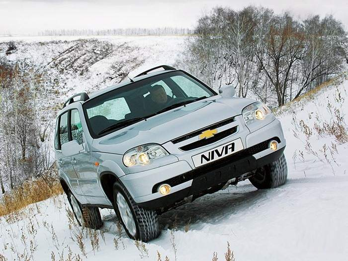 Chevrolet Niva победит снежные сугробы
